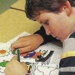 El niño zurdo pasa su particular calvario en los primeros años de escolarización.