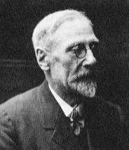 Alfred Watkins (1855-1935) fue, aparte de un hombre de negocios, un arqueólogo autodidacta.