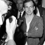 Lee Harvey Oswald (1939-1963) ¿Era culpable, y si lo era, actuó solo o fue manipulado por alguien?
