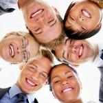 La risa tiene muchas virtudes beneficiosas, tanto físicas como psicológicas.