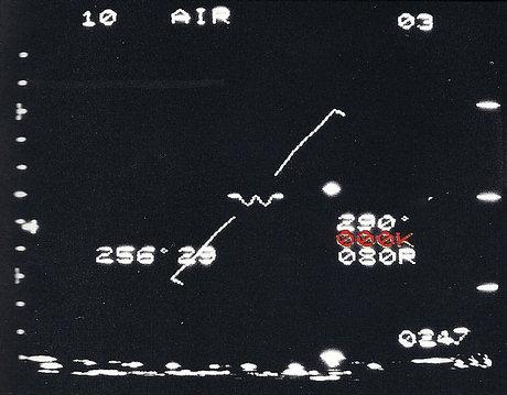 En otra fracción de segundo, el ovni alcanzó los 1.000 nudos (que se describe como 000, dado que el radar del F-16 no registra velocidades que superen los tres dígitos).