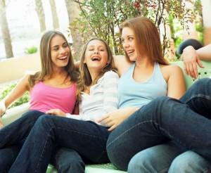 Tus amigas (de verdad) serán siempre unos aliados imprescindibles. Tu felicidad será también la suya.