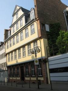 Casa natal de Goethe en la actualidad, reconstruida tras la II Guerra Mundial.