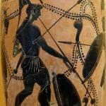 Hoplita (ciudadano-soldado) tocando el salpinx (instrumento de viento de la familia de las trompetas). Lecito (vaso griego antiguo) de finales del siglo VI o principios del V a. C.