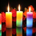 Al encender una vela se establece una correspondencia entre su luz y la luz interior de quien la prende.