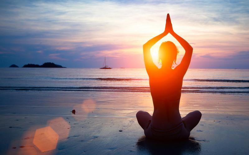 Asanas (su importancia e influencia en el yoga).