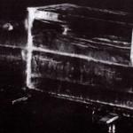 El faquir Tahra-Bey en ocasiones se introducía en un ataúd transparente que más tarde era congelado.