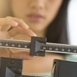El rostro es uno de los primeros sitios en los que notamos la pérdida de peso, por eso hay que tener cuidado extra si estamos en plena dieta.