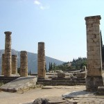 Templo de Apolo en Delfos.