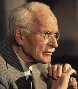Carl Gustav Jung. Médico psiquiatra, psicólogo y ensayista suizo.