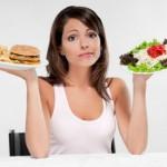 Comer alimentos sanos tal vez nos permita creer que progresamos hacia las metas de salud, pero nos engaña y nos hace pensar que tenemos más hambre de la que realmente tenemos.