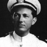 El teniente Charles Carroll Taylor, jefe de la misión, tenía experiencia de combate y un tiempo de vuelo significativo.