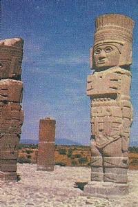Los atlantes de Tula son monumentos monolíticos pertenecientes a la cultura tolteca. Miden poco más de 4,5 metros de altura y están labrados en piedra basáltica.
