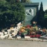 Tumba de Teresa Neumann, cementerio de Konnersreuth.