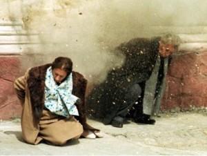 El matrimonio del dictador Ceausescu fusilado tras un juicio ilegal.