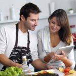 La dieta comienza con los alimentos que compramos y sigue por cómo los cocinamos (elegir al vapor, sin rebozar, sin grasa...).