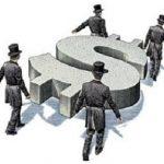 El viernes 24 de octubre de 1929, de manera súbita, comienza la más terrible crisis del capitalismo. El hundimiento total de la Bolsa de Nueva York desencadena una violenta crisis económica que arrastra a toda Europa: La producción disminuye en más de un 50 por 100, millones de obreros parados vagabundean por las calles, las grandes empresas se arruinan, los bancos cierran...