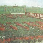 Las concentraciones del partido o de los guardias rojos (un movimiento de masas, en contra de los elementos elitistas de la sociedad) se repiten una y otra vez en China.