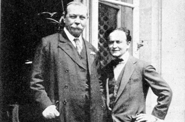Doyle y Houdini