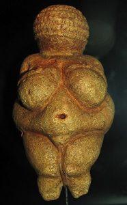 La Venus de Willendorf es una venus paleolítica datada entre 28.000 y 25.000 a. C.
