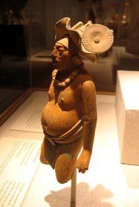 Figurilla de cerámica de la isla de Jaina, 650-800 d. C.