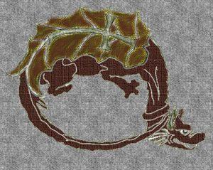 Símbolo de la Orden del dragón, creada en 1408 por Segismundo de Luxemburgo, rey de Hungría y posteriormente emperador germánico, y cuyo atuendo era una capa negra.