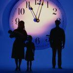 Ciertos analistas han llevado la regresión al extremo. Algunos estudiados aseguran recordar acontecimientos que corresponderían a vidas anteriores a la presente.